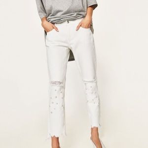 Zara skinny white jeans destroyed hem faux pearls